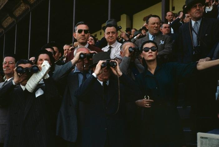 robert-capa-spectators-at-longchamp-racecourse-paris